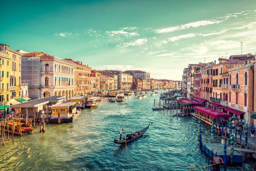 Italy-At Ferrari, Career Selection Process: возможность работать в Ferrari в Италии
