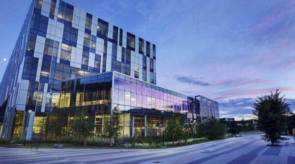 University of Calgary International Entrance Scholarship:  Kanadada oliy ta'lim davlat muassasasida Grant asosida o'qish imkoniyati
